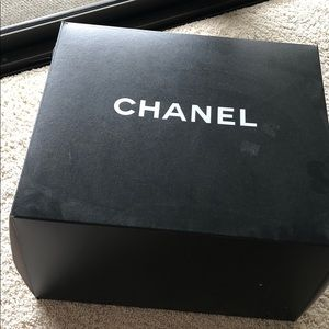 Giant chanel box